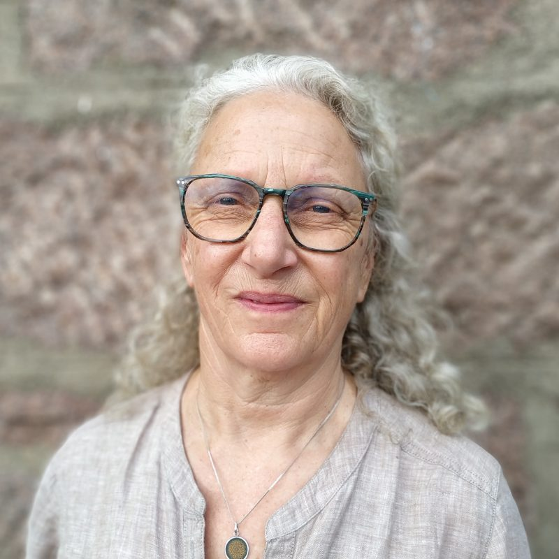 Cath Du Preez
